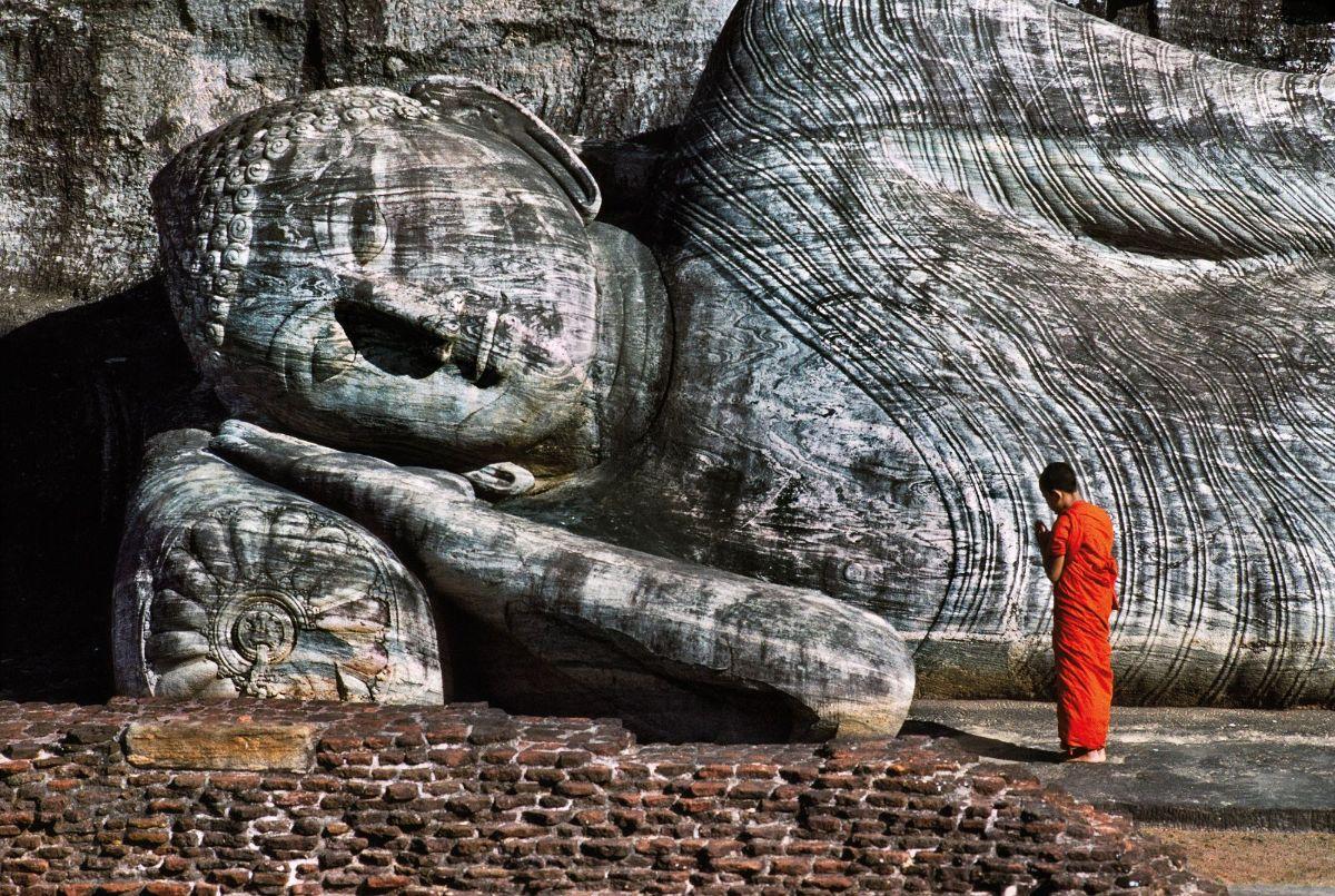 SRILANKA-10015ns; Polonnaruwa; Sri Lanka; 1995retouched_Sonny Fabbri 7/2015