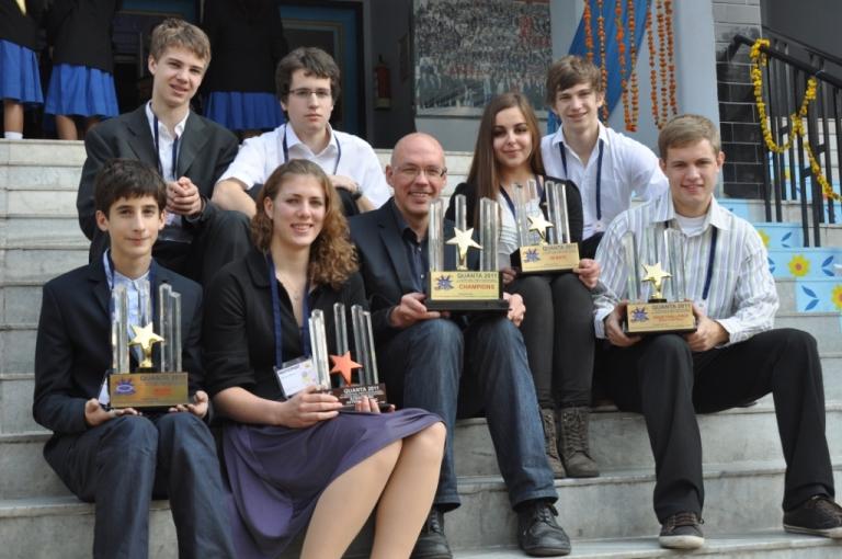 die Teilnehmer der Schülerforschungszentren Baden-Württemberg