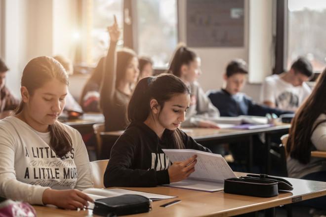 Schüler in einerm Klassenzimmer