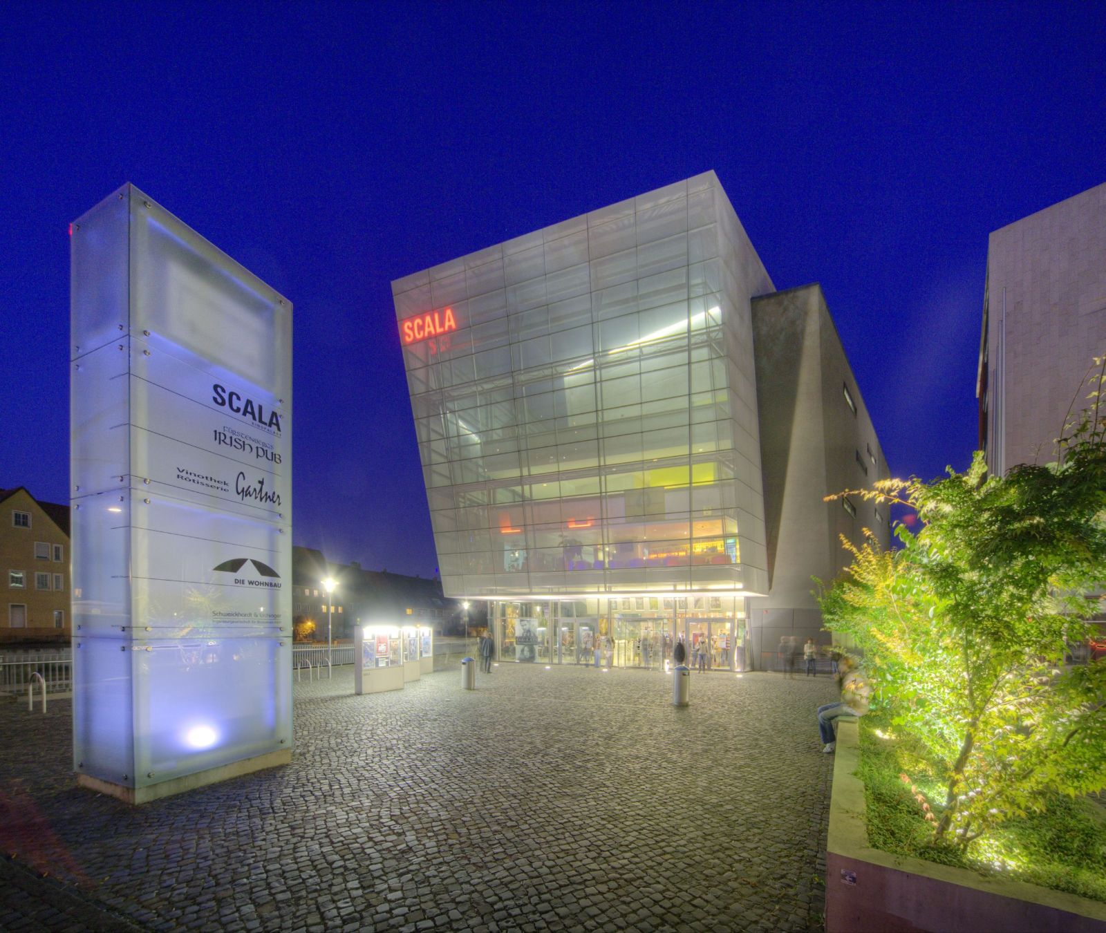 Scala Kino bei Nacht _Frontansicht