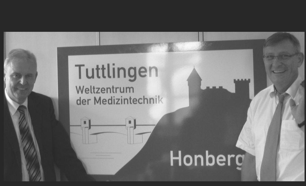 pm2012-279_Autobahnschild_1000