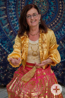 Bild mit Birgit Leibold in orientalischer Kleidung