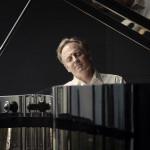 Alfred Perl am Klavier
