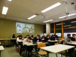 Lernen zu Hause: Über MS Teams nehmen die Schülerin-nen und Schüler am Unterricht teil, die nicht im Schulgebäude sind.