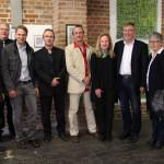 Verschiedene Vertreter von Politik und Stadt im Preisswerk