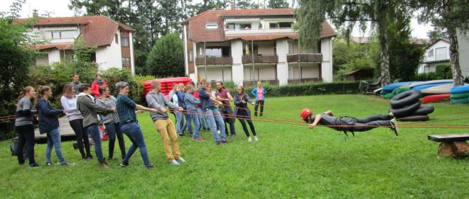 Gruppenaufgabe mit Seil