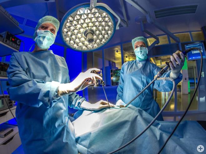 Tuttlinger Medizintechnik im Einsatz (OP-Eingriff)