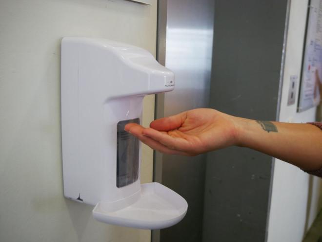 Bild eines Desinfektionsmittelspenders