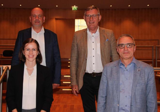 Laurenzia Balzer, Benjamin Hirsch, OB Michael Beck, Johannes Hamma. Nicht auf dem Foto: Rolf Sauter.
