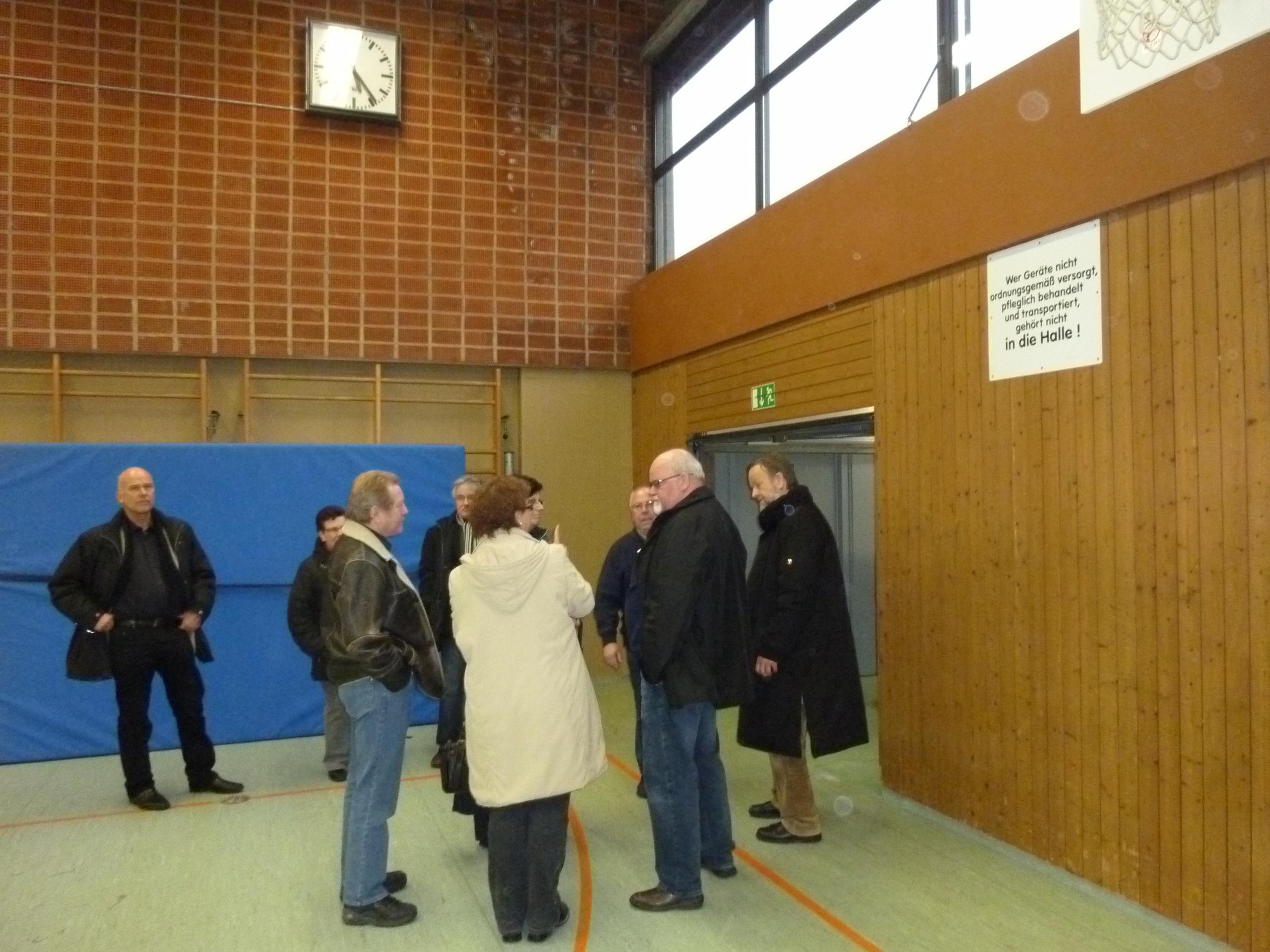 CDU-Fraktion Besichtigung Möhringer Sporthalle 01