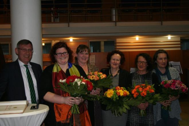 pm2014-059_Sozialpreis_Frauenhaus_1000