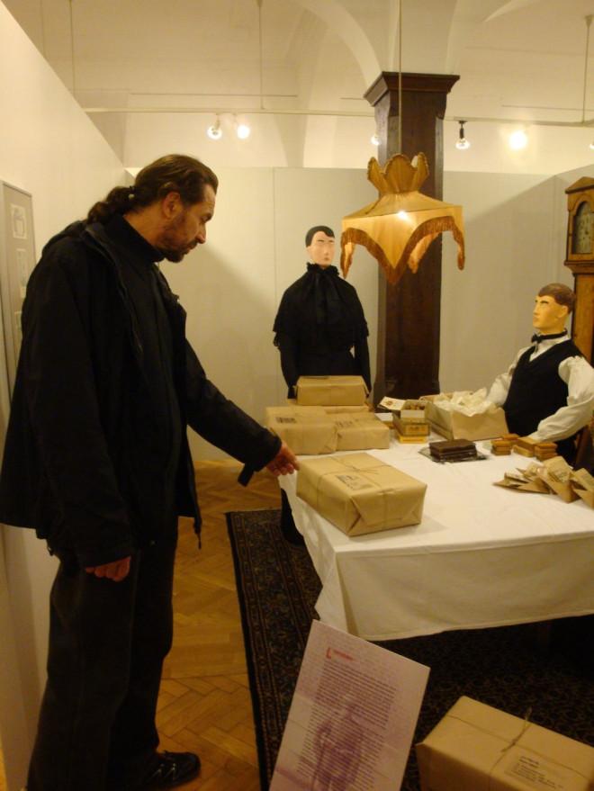 pm2014-397 Weltkriegs-Ausstellung_1000